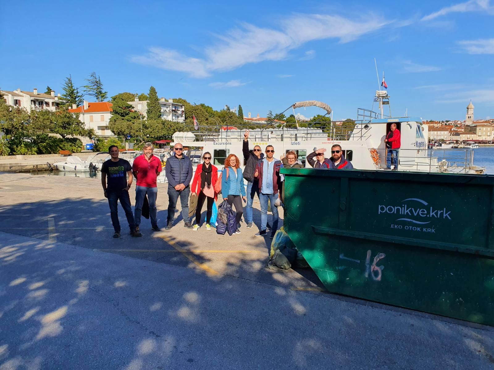 Clean Up akcija - krčka ekipa